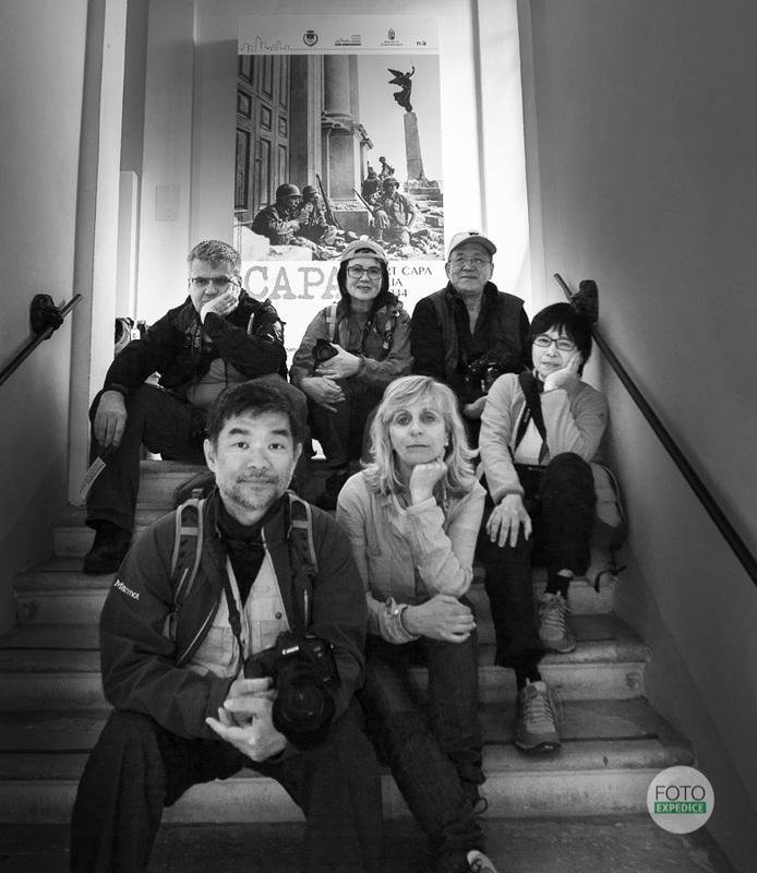 FOTOEXPEDICE Toskánsko, San Gimignano, Itálie, výstava Robert Capa